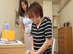 Gentle Handjob Of My Mom 2