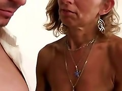 hairy milf fucked and sprayed !