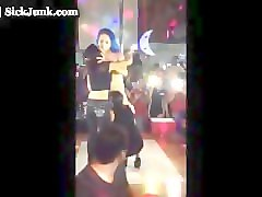 gay fans eat stripper out.flv