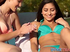 lesbian teens eating out teen