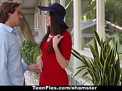 teenpies - teen creampied by shy virgin guy